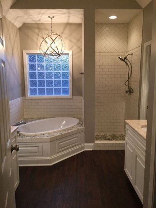 Unusual Master Bathroom Remodel Ideas 15