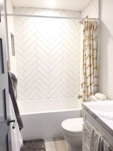 Awesome Bathroom Shower Ideas For Tiny House 04