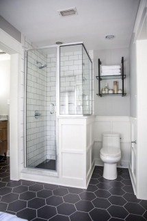Inexpensive Small Bathroom Remodel Ideas On A Budget 31