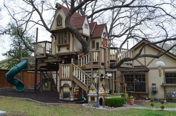 Captivating Treehouse Ideas For Children Playground 21