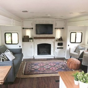 Extraordinary Interior Rv Living Ideas To Try Now 09