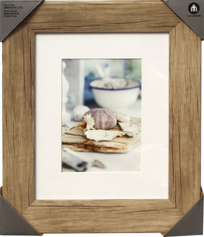 Fascinating Wood Photo Frame Ideas For Antique Home 14