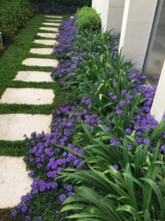 Newest Front Yard Landscaping Design Ideas To Try Now 13