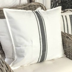 Rustic Pillows Decoration Ideas For Home 30