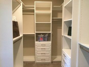 Simple Custom Closet Design Ideas For Your Home 14