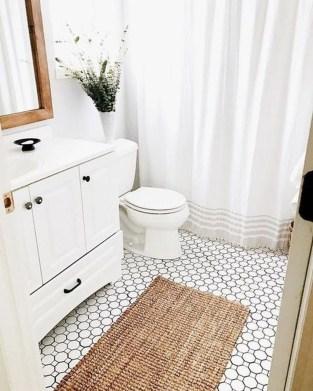 Splendid Small Bathroom Remodel Ideas For You 42
