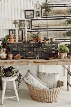 Stylish Spring Home Décor Ideas You Will Definitely Want To Save 14