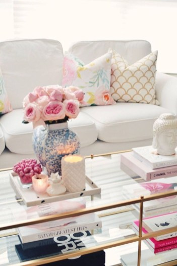 Stylish Spring Home Décor Ideas You Will Definitely Want To Save 53