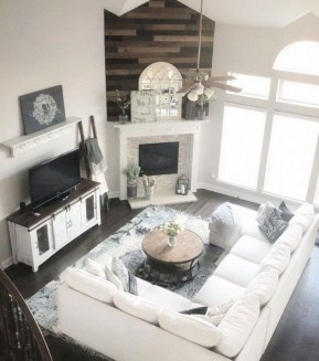 Catchy Farmhouse Decor Ideas For Living Room This Year 05