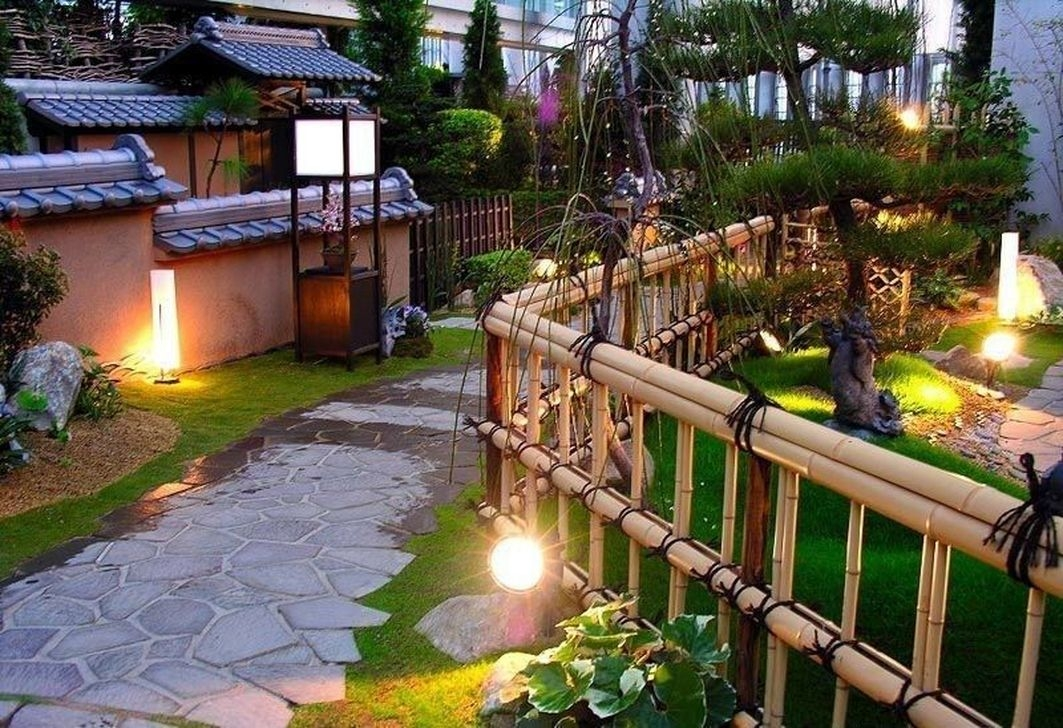 Dreamy Bamboo Fence Ideas For Small Houses To Try 19