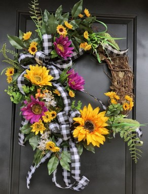 Hottest Summer Wreath Design And Remodel Ideas 08