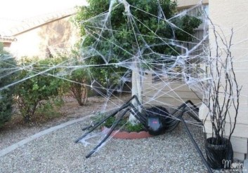 Newest Diy Outdoor Halloween Decor Ideas That Very Scary 03
