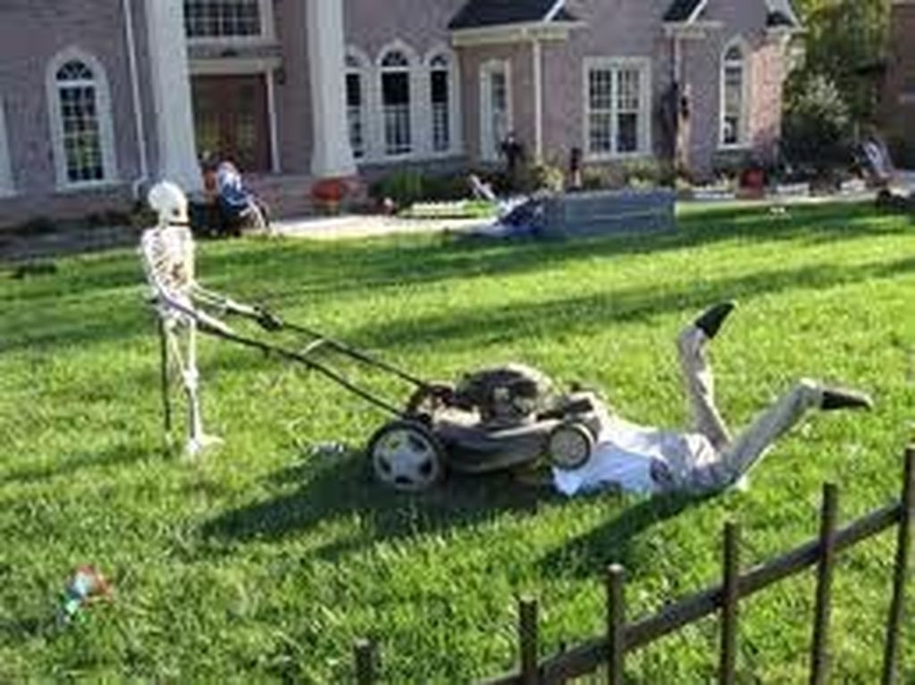 Newest Diy Outdoor Halloween Decor Ideas That Very Scary 32