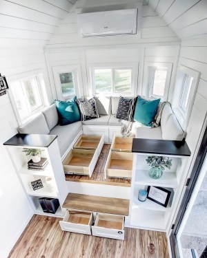 Rustic Tiny House Interior Design Ideas You Must Have 26