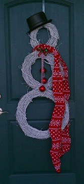 Charming Outdoor Décor Ideas For Christmas To Try 11