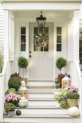 Comfy Porch Design Ideas To Try 27