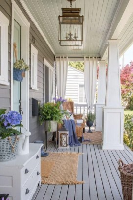 Comfy Porch Design Ideas To Try 37