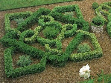 Best Ideas For Formal Garden Design30
