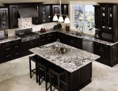 Best Ideas For Black Cabinets In Kitchen32
