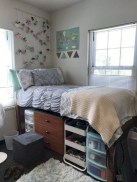 Efficient Dorm Room Organization Ideas That Inspire03