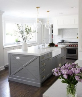 Incredible Farmhouse Gray Kitchen Cabinet Design Ideas33