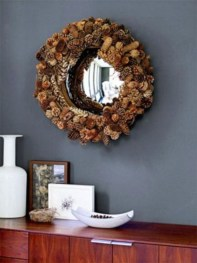 Best Ways To Decorate Your Circle Mirror With Garland06