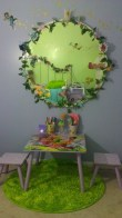 Best Ways To Decorate Your Circle Mirror With Garland16