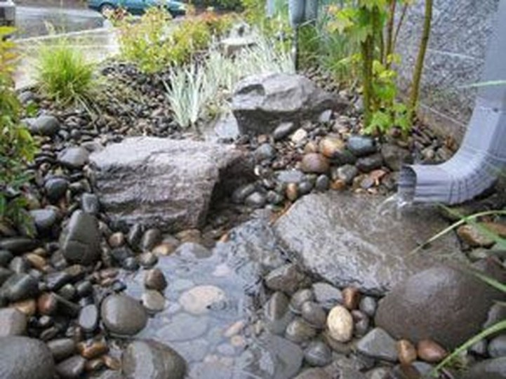 Cool Front Yard Rock Garden Ideas09