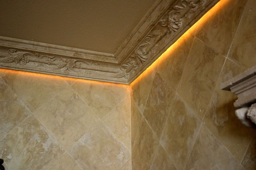 Fascinating Flying Crown Molding Ideas09
