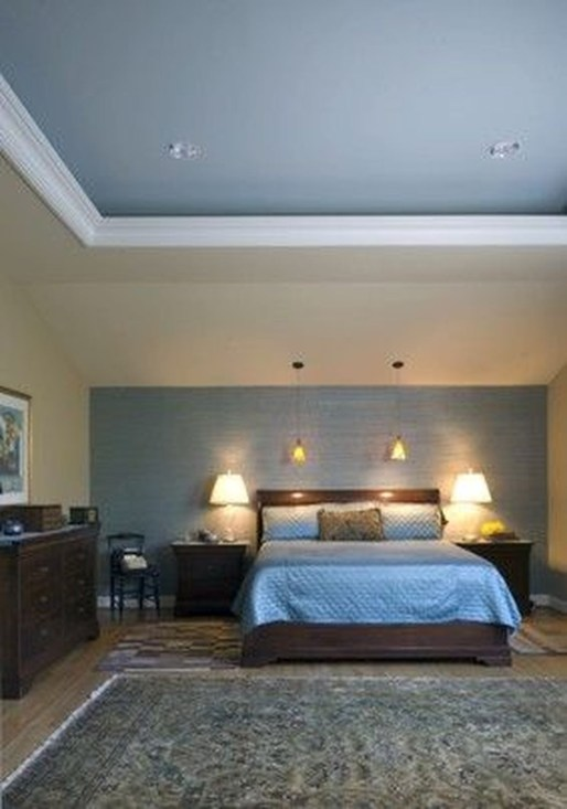 Fascinating Flying Crown Molding Ideas15