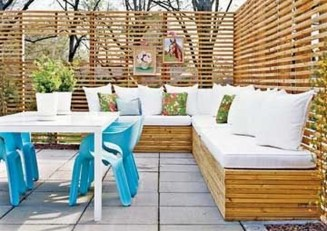Perfect Diy Seating Incorporating Into Wall For Your Outdoor Space04