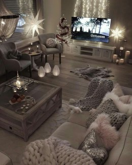 Stunning Apartment Decorating Ideas26
