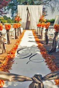 Unique Fall Wedding Decor On A Budget30