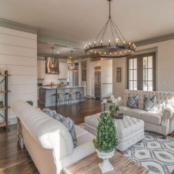 Charming Home Fall Decorating Ideas With Farmhouse Style30
