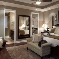 Cozy Master Bedroom Decorating Ideas22