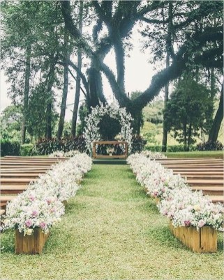 Hottest Wedding Decorations Ideas On A Budget25