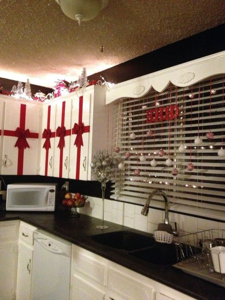 Adorable Christmas Decorations Apartment Ideas09