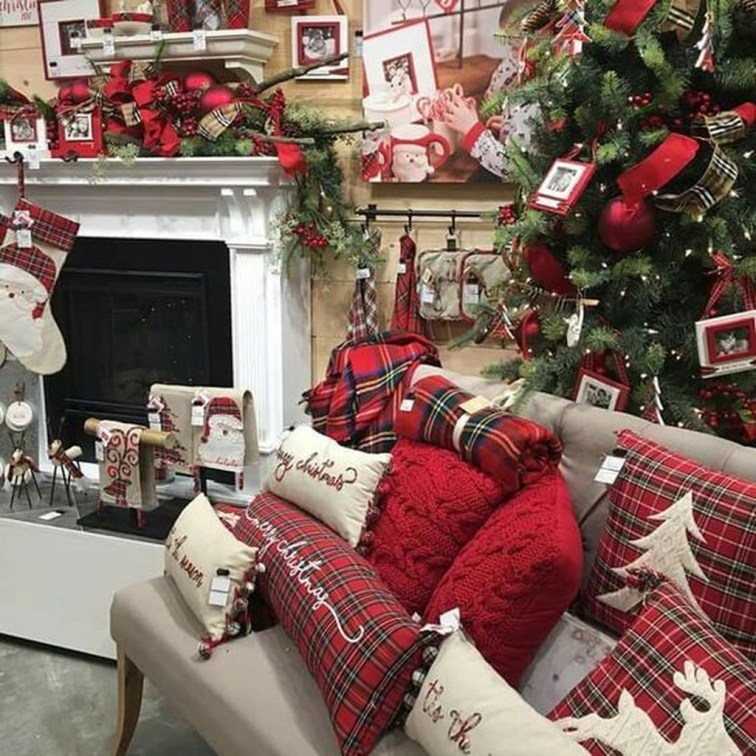 Awesome Vintage Christmas Living Room Decoration Ideas31
