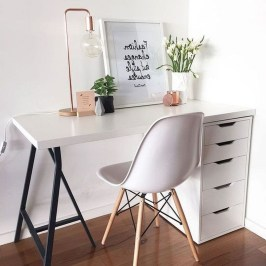 Comfy Home Office Design Ideas For Small Apartment38