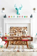 Incredible Christmas Mantel Decorating Ideas Budget10