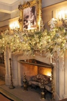 Incredible Christmas Mantel Decorating Ideas Budget24