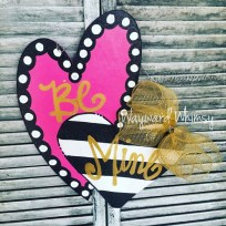 Affordable Outdoors And Indoors Signs Ideas For Valentines Day08