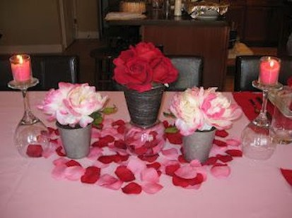 Creative Valentine Table Decoration Ideas06