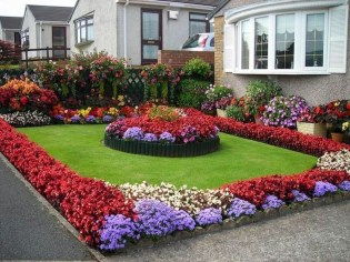 Pretty Front Yard Landscaping Ideas41