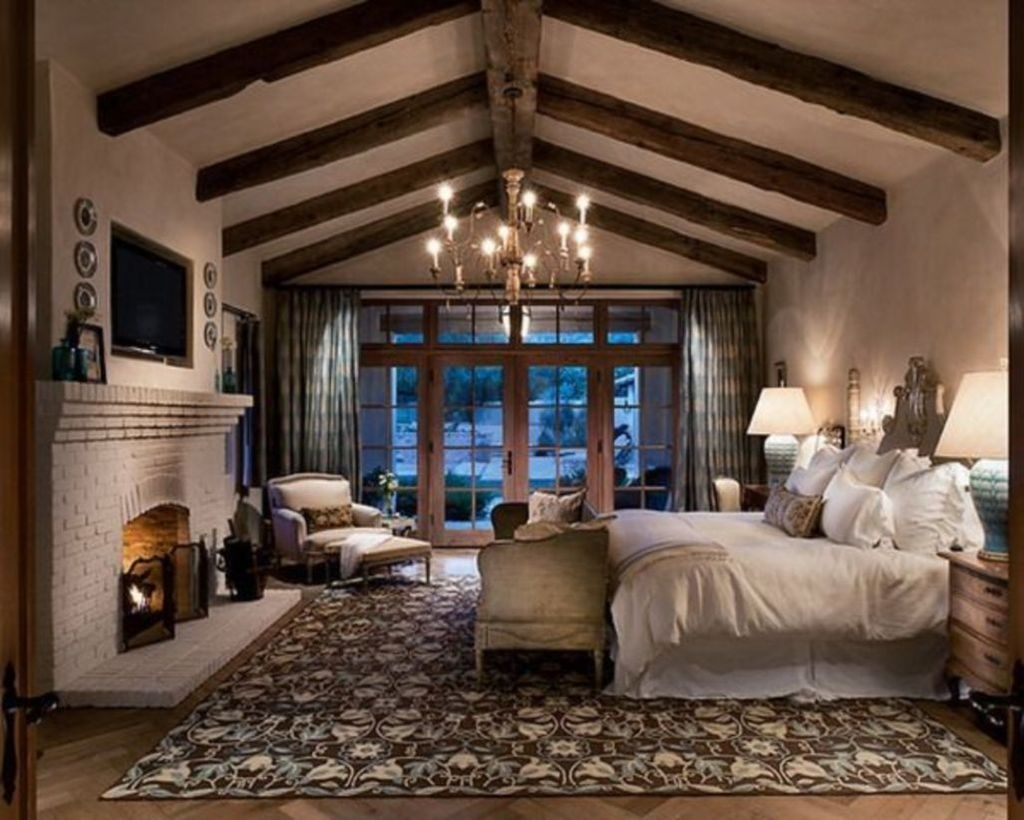Rustic Romantic Master Bedroom Design Ideas32