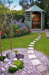 Comfy Low Maintenance Front Yard Landscaping Ideas06