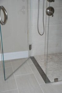 Incredible Curbless Shower Ideas For House08