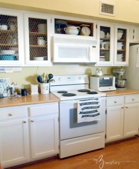 Captivating White Cabinets Design Ideas For Kitchen18
