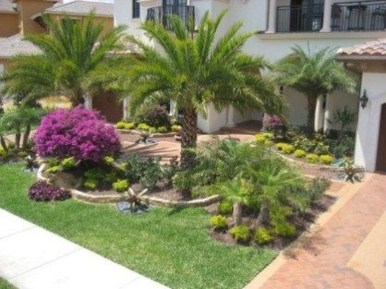 Wonderful Tropical Landscaping Ideas For Garden10