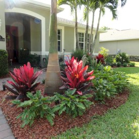 Wonderful Tropical Landscaping Ideas For Garden23